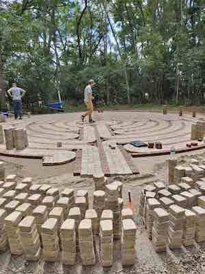 labyrinth-construction-2